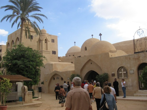 Manastirea Sirienilor- El Sourian - Egipt, Desertul Nitriei