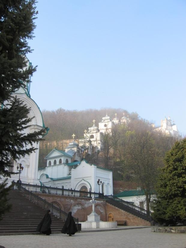 Cate o cupola pt fiecare pacat - Lavra Sveatogorsk, Ucraina