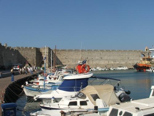 Cetatea medievala Rodos, portul