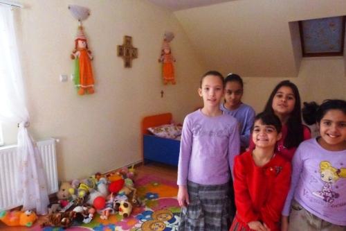 Alexandra, Elena, Maria, Mihaela si Nicoleta