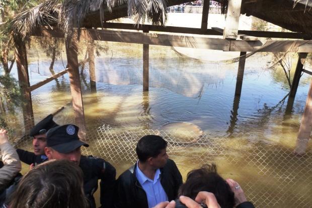 22, ora 12,14 vartejul din apa Iordanului, dupa plecarea PS Vinidictos