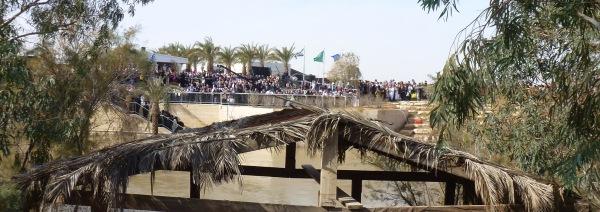 42 Final de procesiune, Boboteaza 2013 (porumbelul)