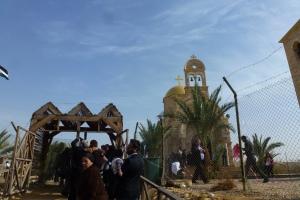 52 Plecam de la malul Iordanului
