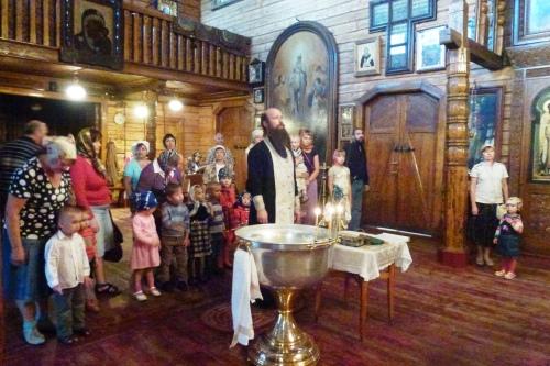 9 Sf Serafim de Virita,biserica