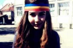 sabina-elena-voi-continua-sa-port-tricolorul-la-scoala-este-dreptul-meu-de-exprimare-a-constiintei-18448522