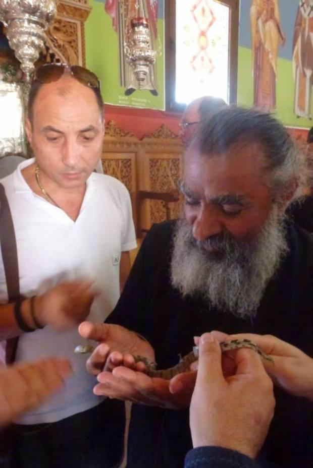 Serpii Maicii Domnului, Kefalonia, 14 aug 2013.