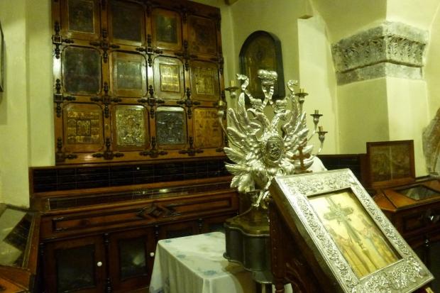 12. Trezorieria, Lemnul Sfintei Cruci
