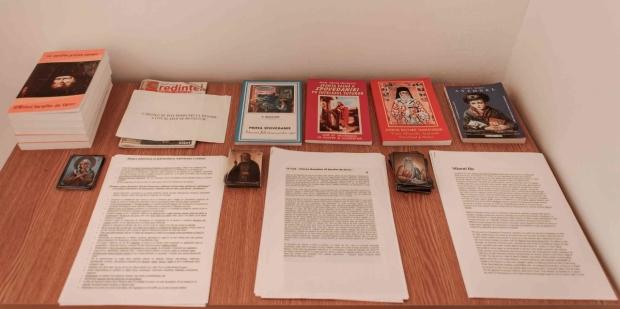 sfintire paraclis 5. pe langa cartile cu viata Sf Serafim, revista LC