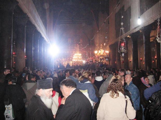 14 Biserica din Bethleem, slujba de noapte, Craciun 2008