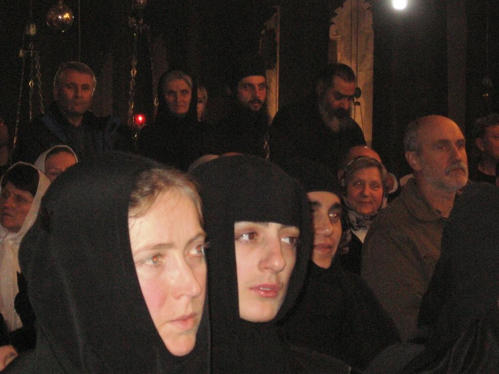 22 Biserica din Bethleem, slujba de Craciun 2009