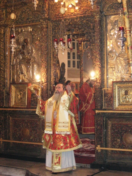 28 Biserica din Bethleem, slujba de Craciun 2009