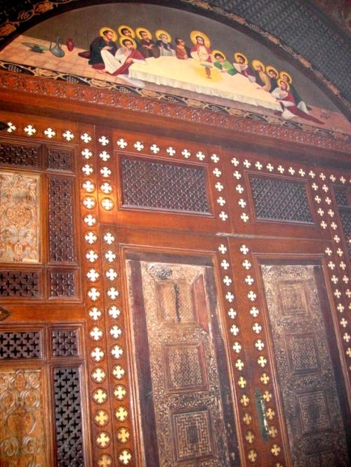 Man Sf Macarie, usa altar sec 10