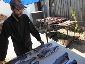 12 Peste pescuit si afumat de calugarii Man Valaam